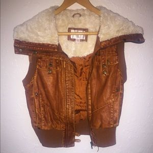 🌷Xhilaration winter vest